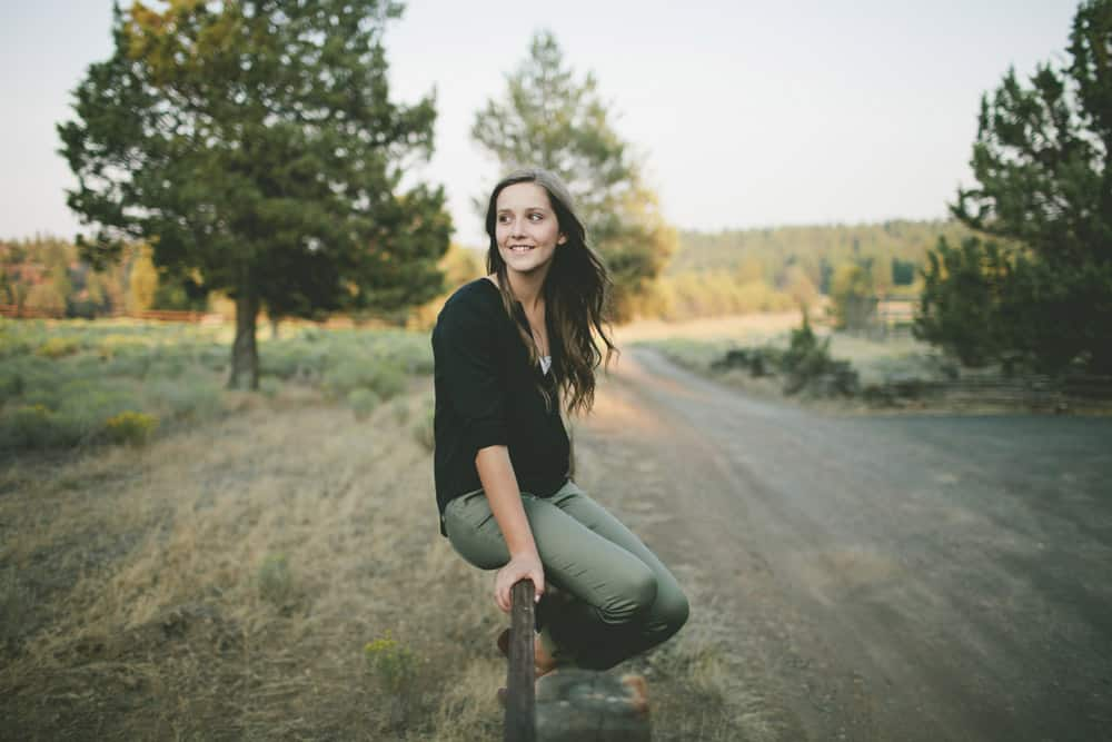 11_emily_central_bend_sisters_oregon_senior_session_2014