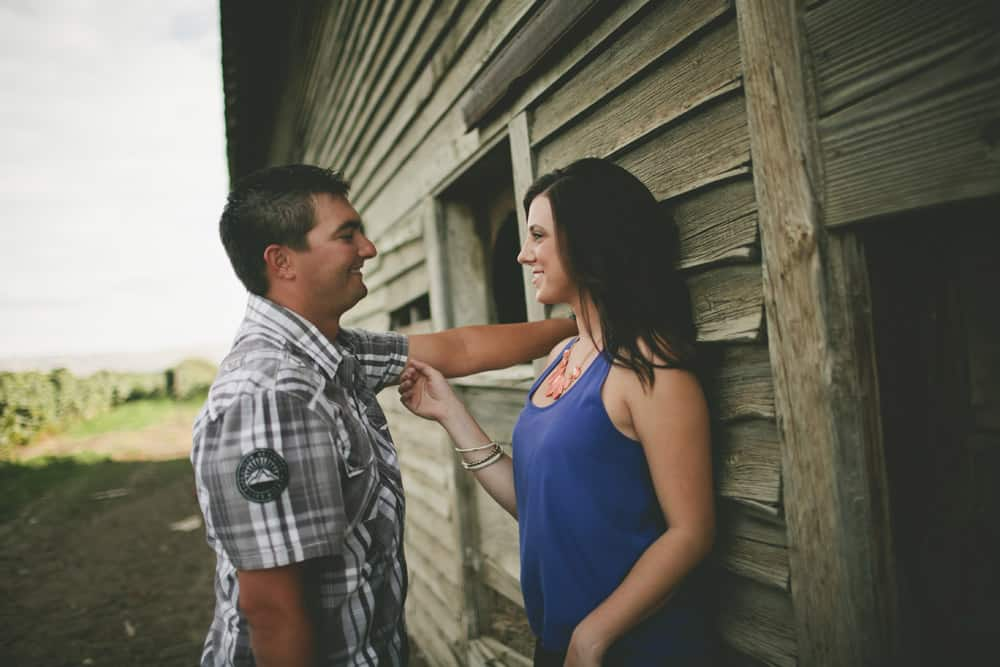 4_grandview_central_washington_country_farm_engagement