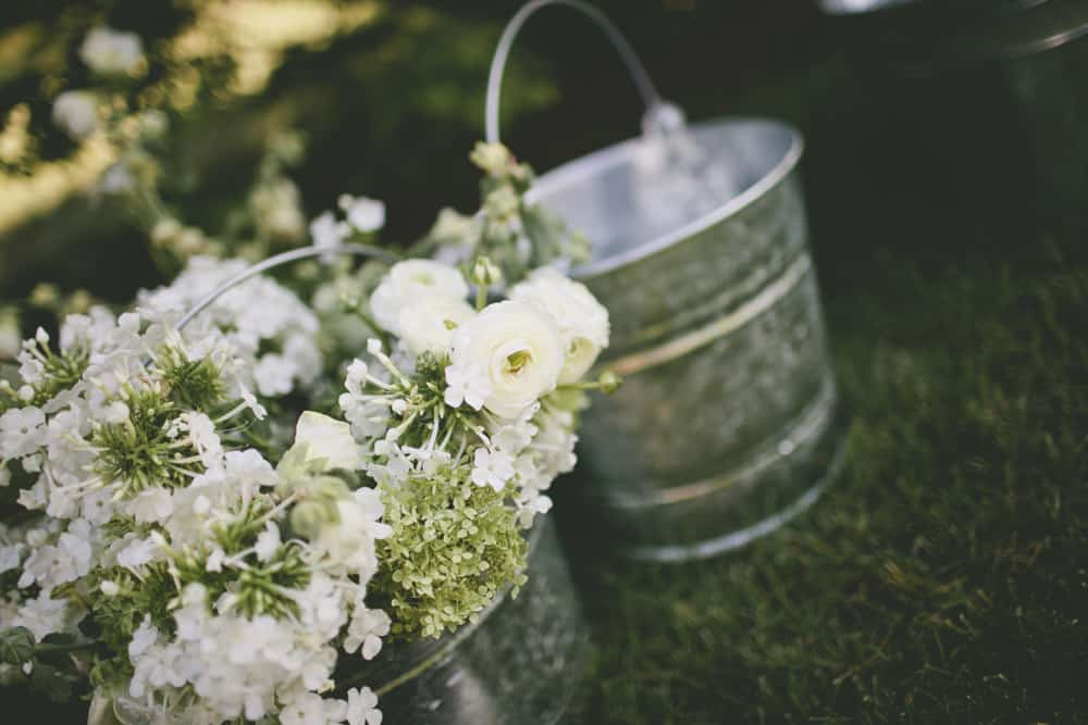 6_beautiful_spokane_summer_backyard_camp_love_wedding