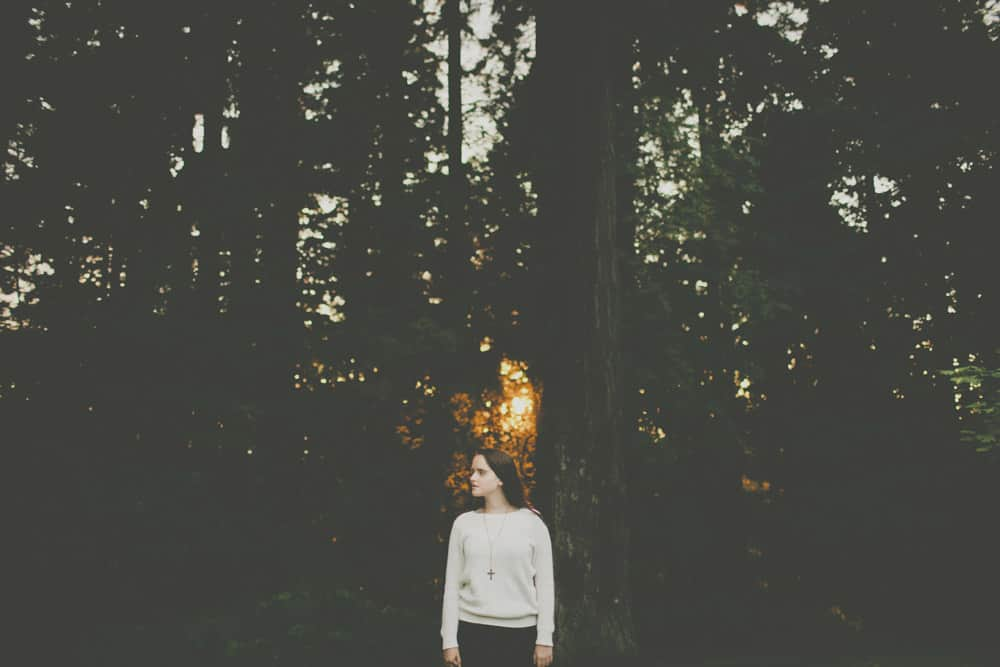 28_portland_oregon_waterfront_forest_senior_session