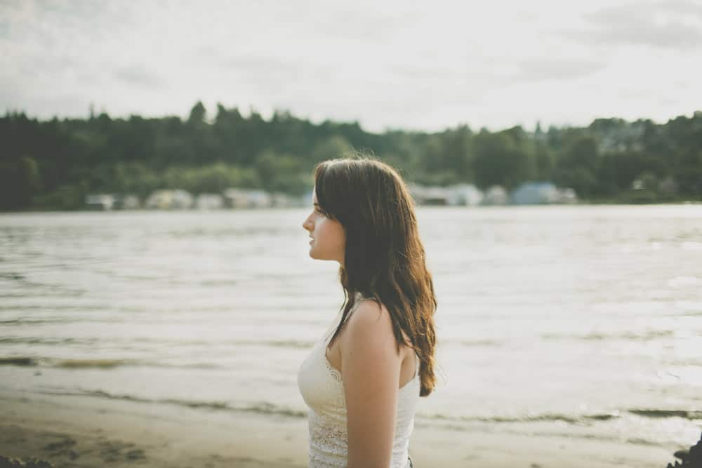 6_portland_oregon_waterfront_forest_senior_session
