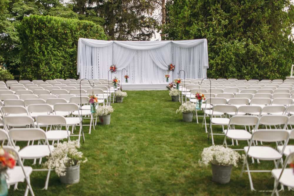Heather Adam Grandview Farm Backyard Elegant Summer Wedding 0008