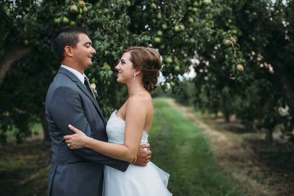 Heather Adam Grandview Farm Backyard Elegant Summer Wedding 0066