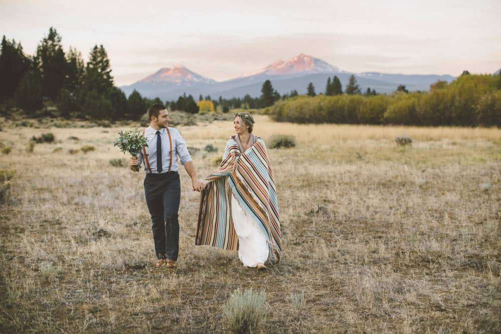 stylish mountain meadow elopement central oregon victoria carlson photography 0005