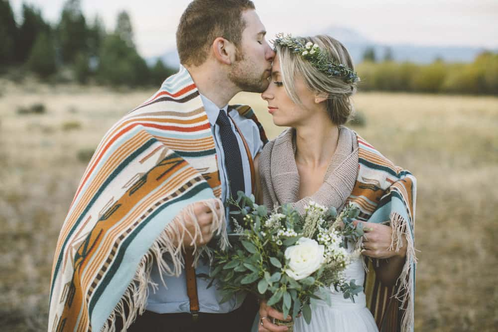 stylish mountain meadow elopement central oregon victoria carlson photography 0008