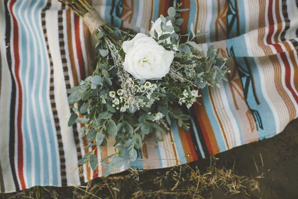 stylish mountain meadow elopement central oregon victoria carlson photography 0009