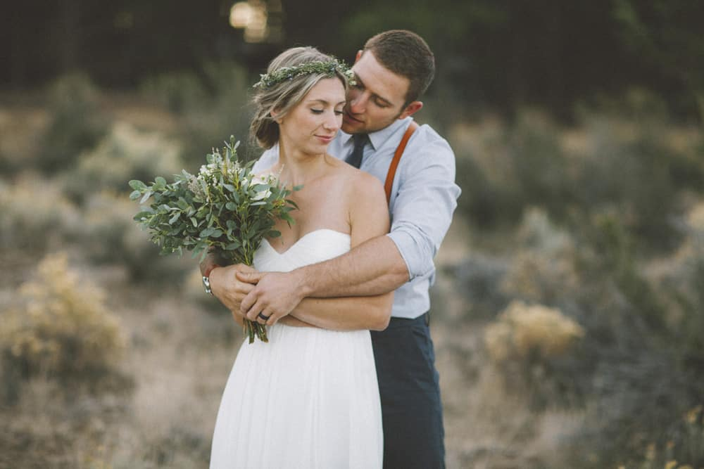 stylish mountain meadow elopement central oregon victoria carlson photography 0023