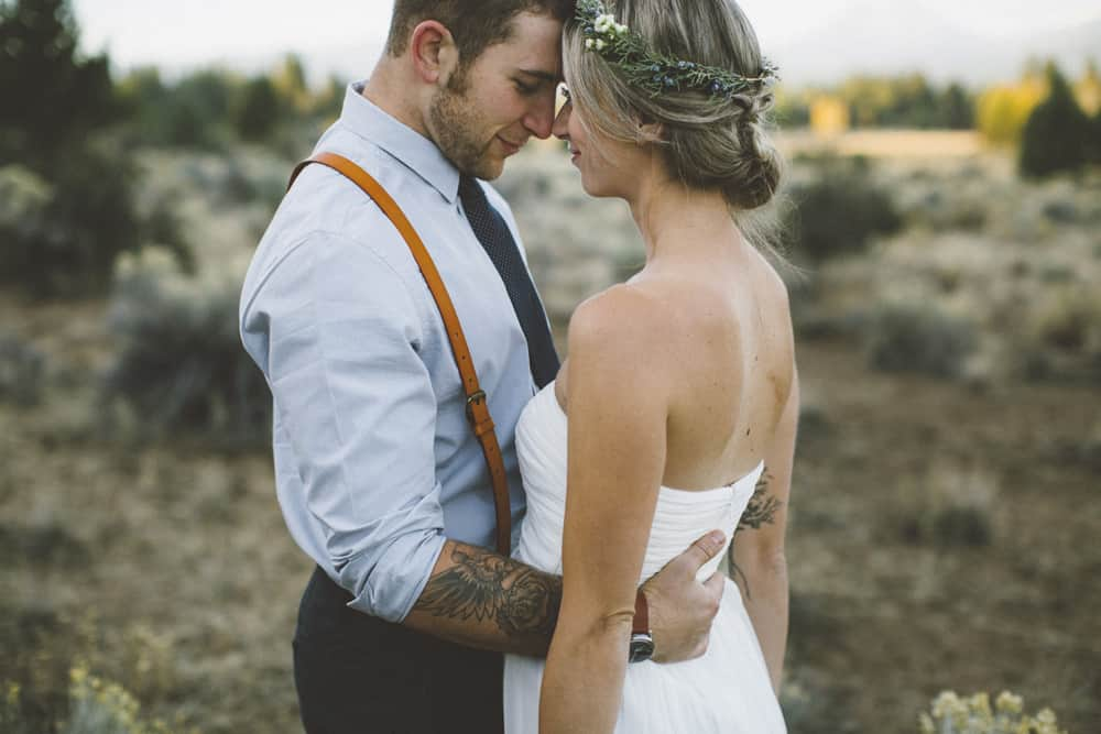 stylish mountain meadow elopement central oregon victoria carlson photography 0030