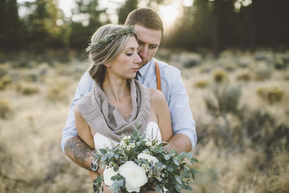 stylish mountain meadow elopement central oregon victoria carlson photography 0040