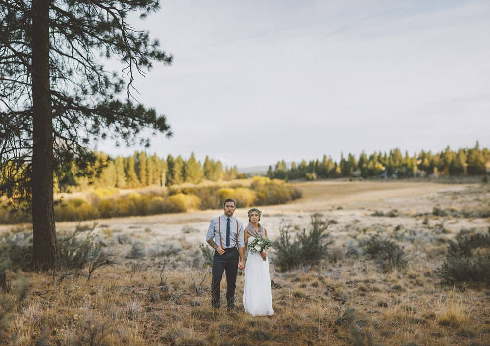 stylish mountain meadow elopement central oregon victoria carlson photography 0055