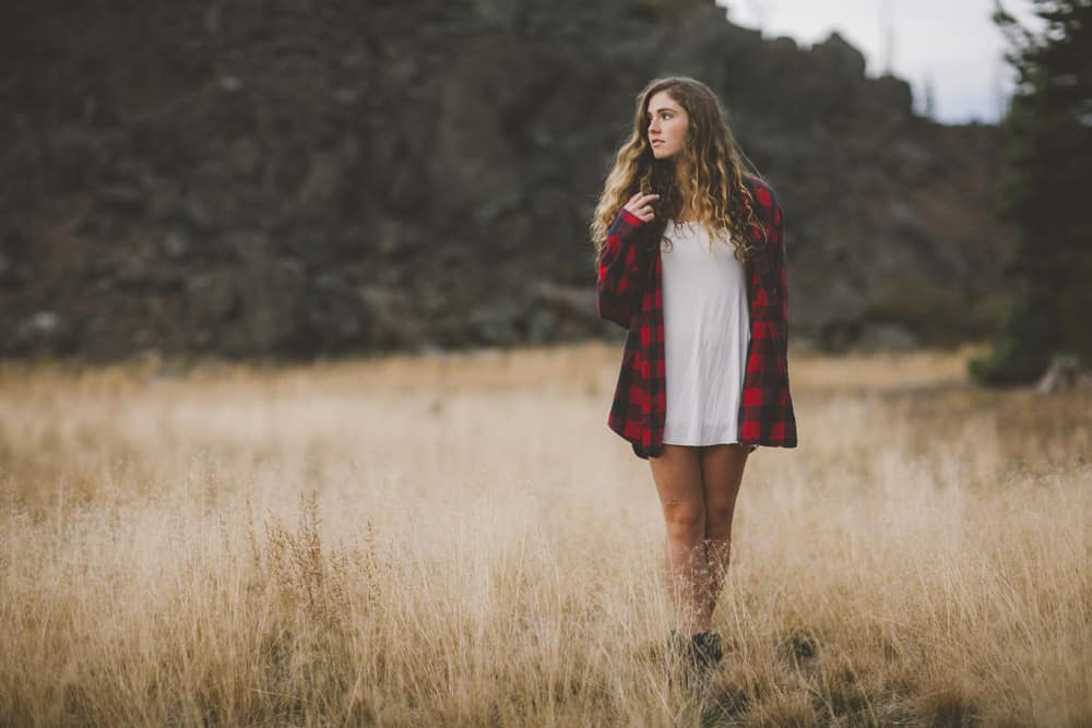 Central Oregon Sisters Bend Senior Session Outdoor Lake Lava Flow Adventure 015