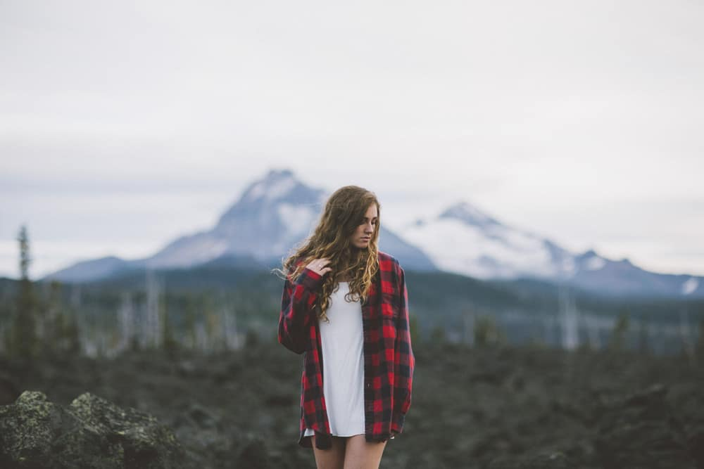 Central Oregon Sisters Bend Senior Session Outdoor Lake Lava Flow Adventure 018