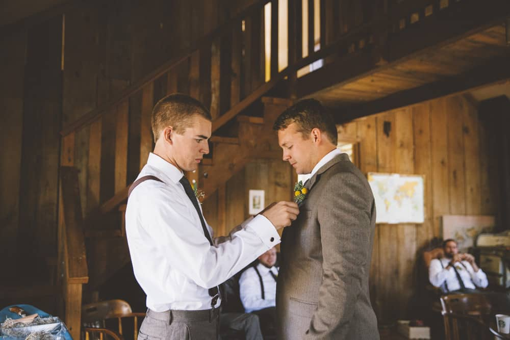 Petaluma Sonoma Ranch Estate Barn Wedding Victoria Carlson Central Oregon Bend Photographer Getting 0376
