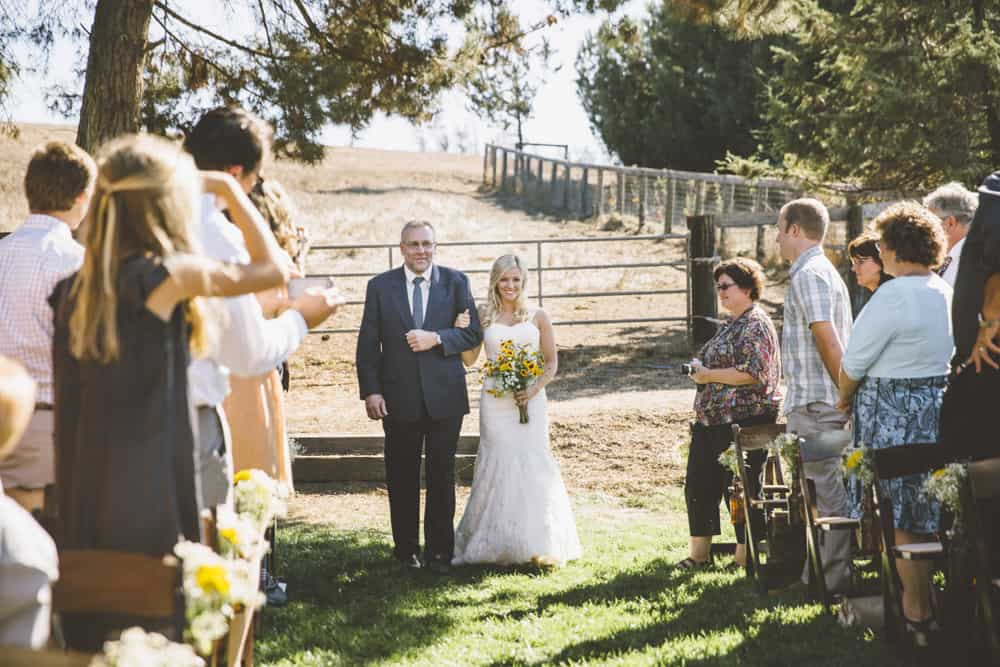 Petaluma Sonoma Ranch Estate Barn Wedding Victoria Carlson Central Oregon Bend Photographer Getting 0397