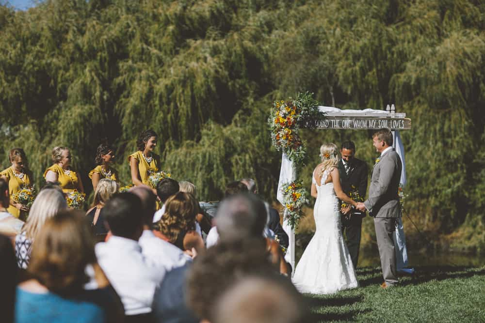 Petaluma Sonoma Ranch Estate Barn Wedding Victoria Carlson Central Oregon Bend Photographer Getting 0404