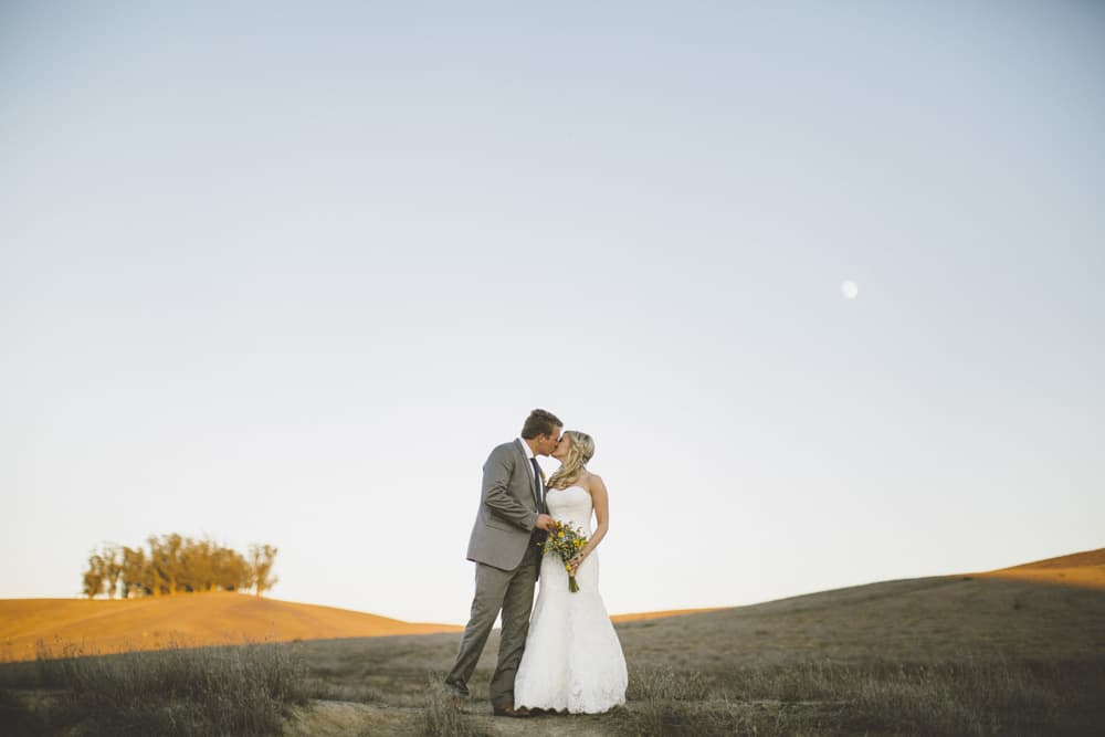 Petaluma Sonoma Ranch Estate Barn Wedding Victoria Carlson Central Oregon Bend Photographer Getting 0438