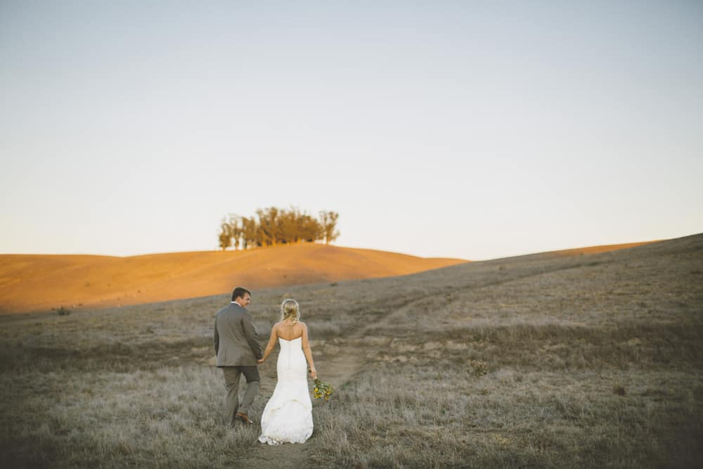 Petaluma Sonoma Ranch Estate Barn Wedding Victoria Carlson Central Oregon Bend Photographer Getting 0443