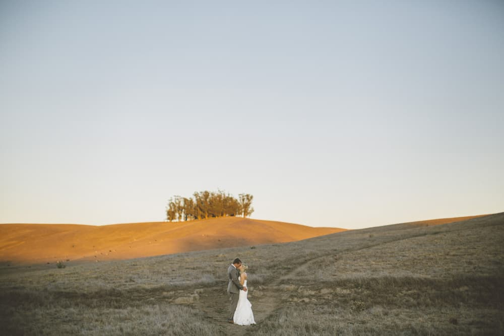 Petaluma Sonoma Ranch Estate Barn Wedding Victoria Carlson Central Oregon Bend Photographer Getting 0447