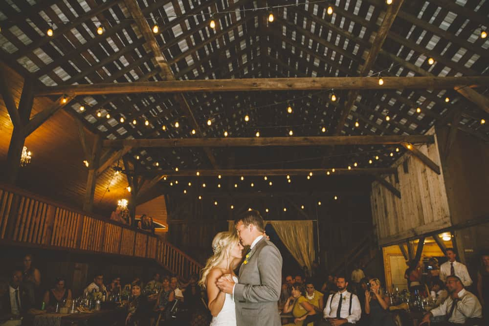 Petaluma Sonoma Ranch Estate Barn Wedding Victoria Carlson Central Oregon Bend Photographer Getting 0508