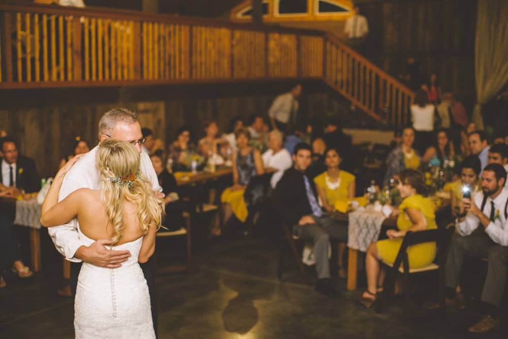 Petaluma Sonoma Ranch Estate Barn Wedding Victoria Carlson Central Oregon Bend Photographer Getting 0513