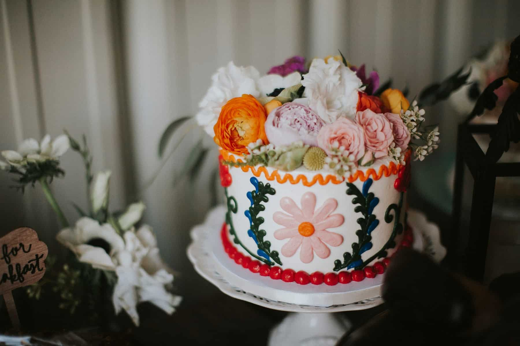 Victoria Carlson Colorful Floral San Diego Wedding_0060