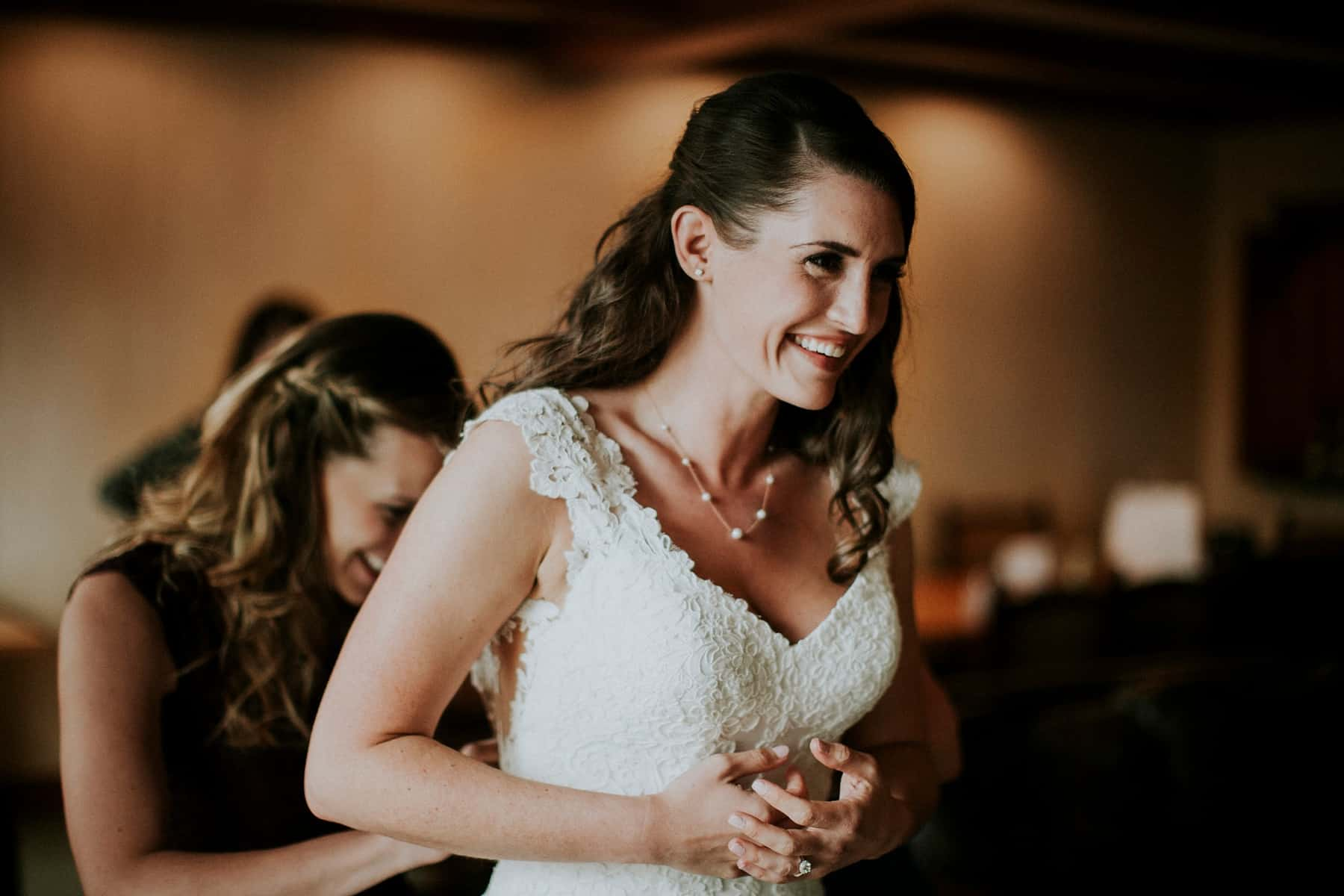 Sara Emily Sunriver Bend Oregon Rustic Lodge Wedding 0018