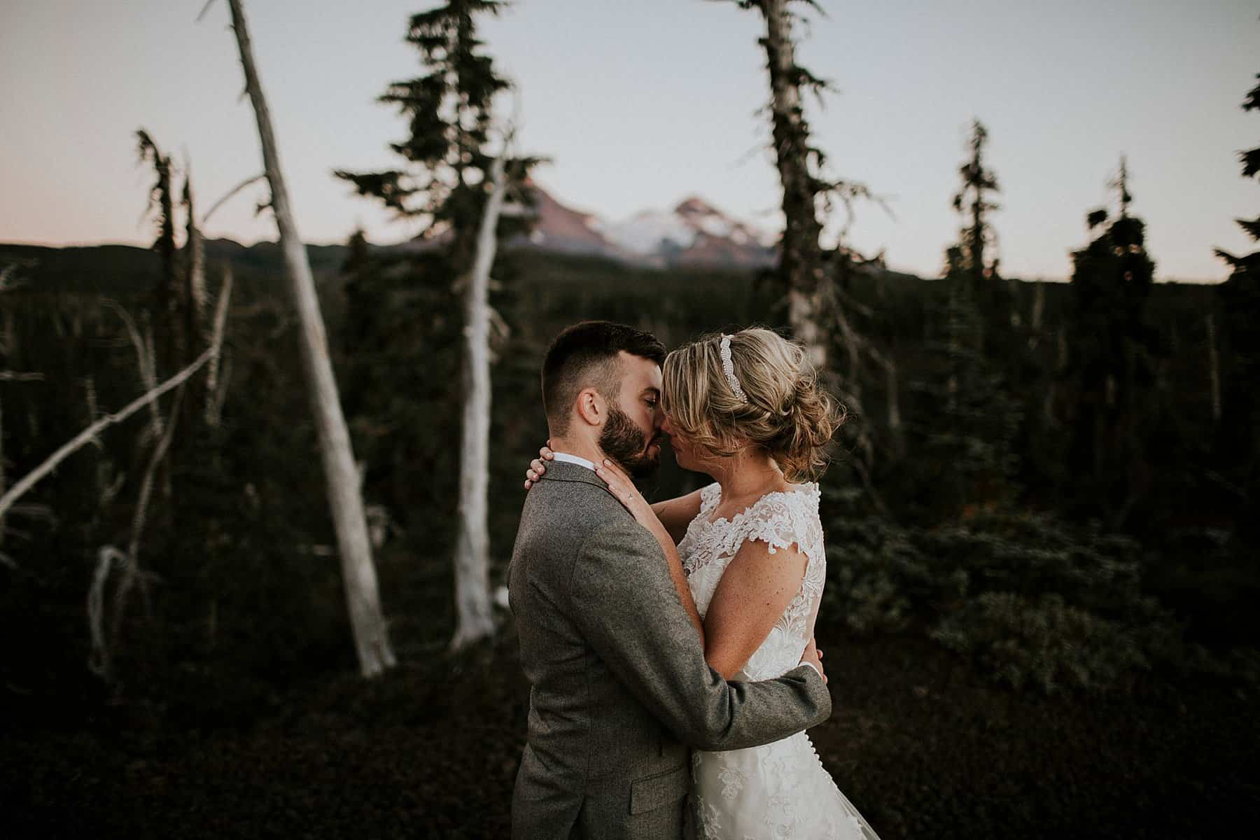 bend-central-oregon-waterfall-adventure-wedding-elopement-028