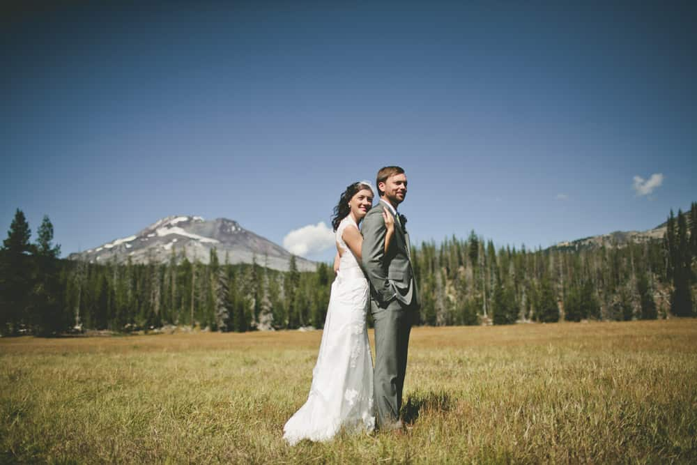 7_sunriver_bend_oregon_backyard_wedding