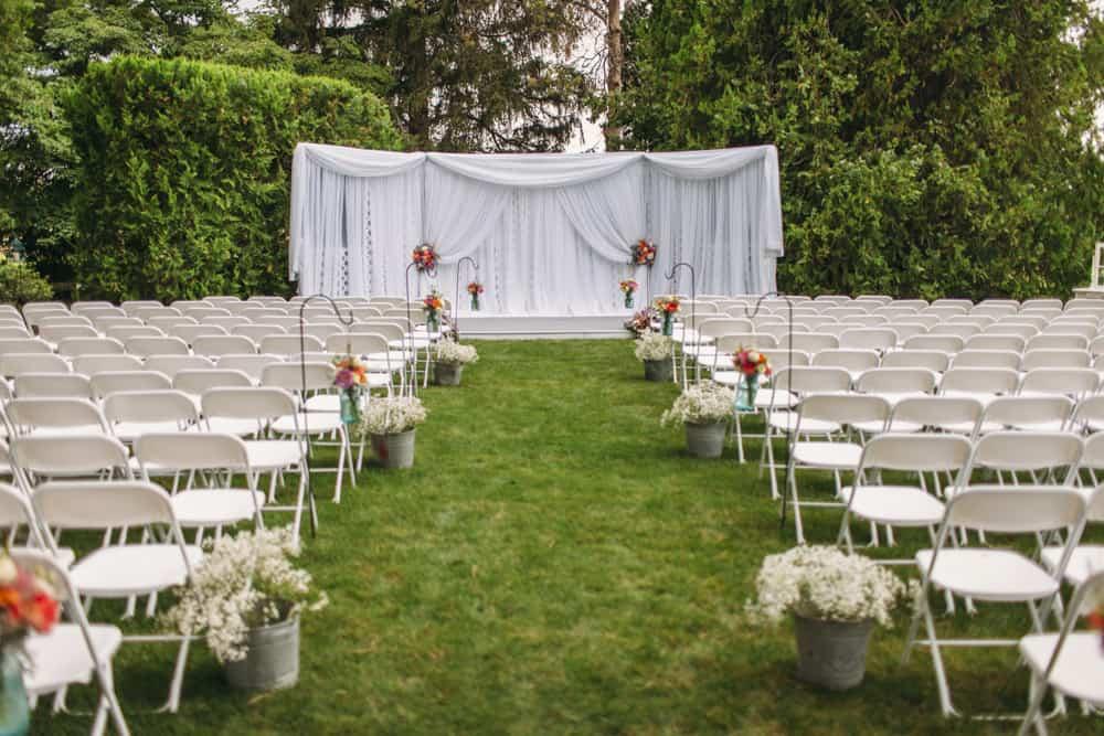 Heather Adam Grandview Farm Backyard Elegant Summer Wedding 0008