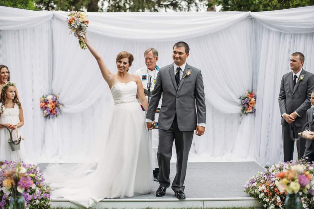 Heather Adam Grandview Farm Backyard Elegant Summer Wedding 0037
