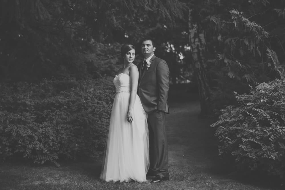 Heather Adam Grandview Farm Backyard Elegant Summer Wedding 0062