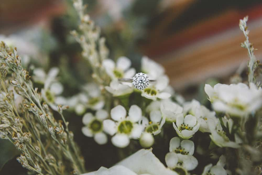 stylish mountain meadow elopement central oregon victoria carlson photography 0012