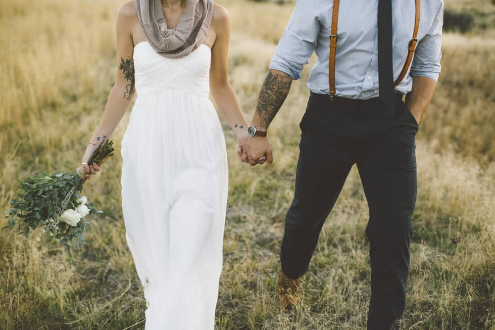 stylish mountain meadow elopement central oregon victoria carlson photography 0013