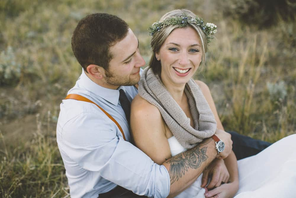 stylish mountain meadow elopement central oregon victoria carlson photography 0019