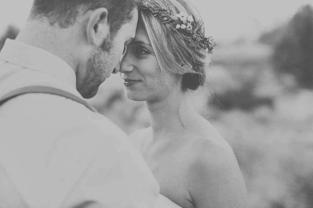 stylish mountain meadow elopement central oregon victoria carlson photography 0029