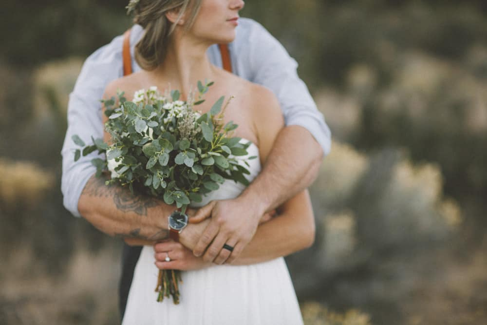 stylish mountain meadow elopement central oregon victoria carlson photography 0042