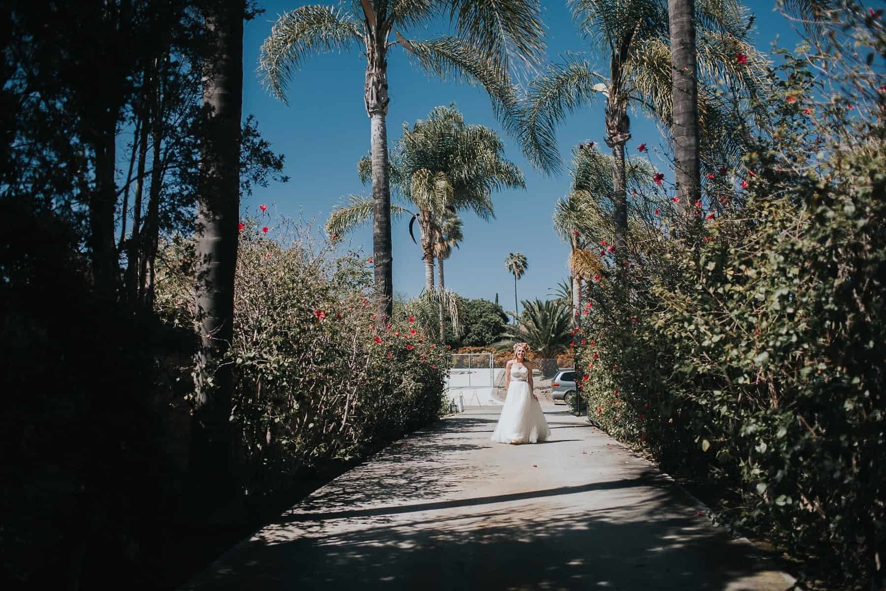 Victoria Carlson Colorful Floral San Diego Wedding_0015
