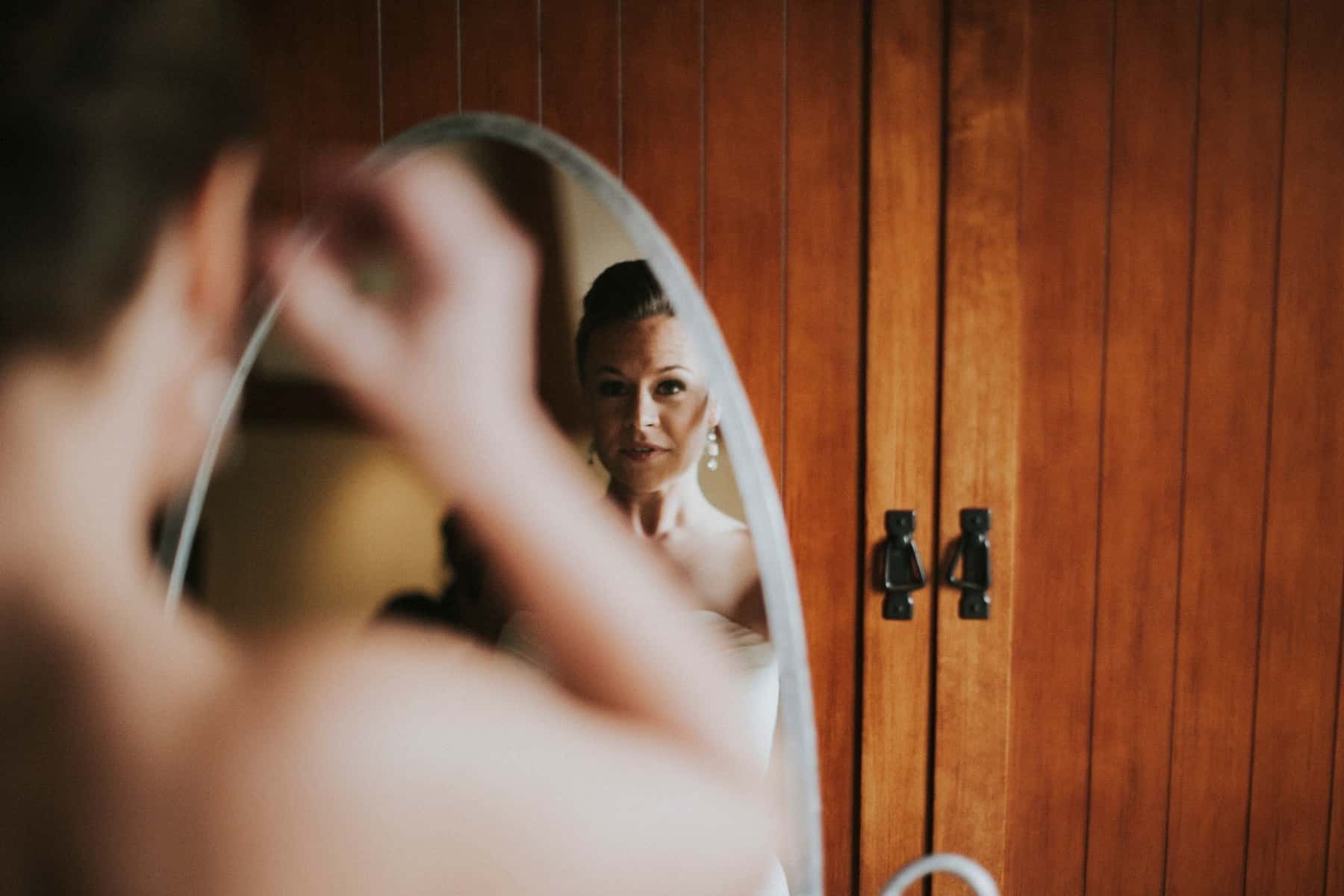 Sara Emily Sunriver Bend Oregon Rustic Lodge Wedding 0004