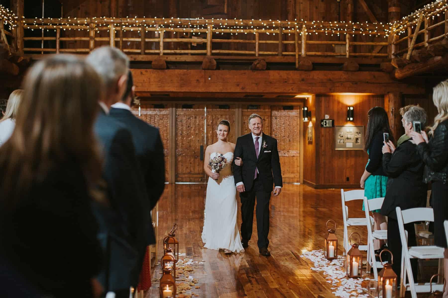Sara Emily Sunriver Bend Oregon Rustic Lodge Wedding 0039