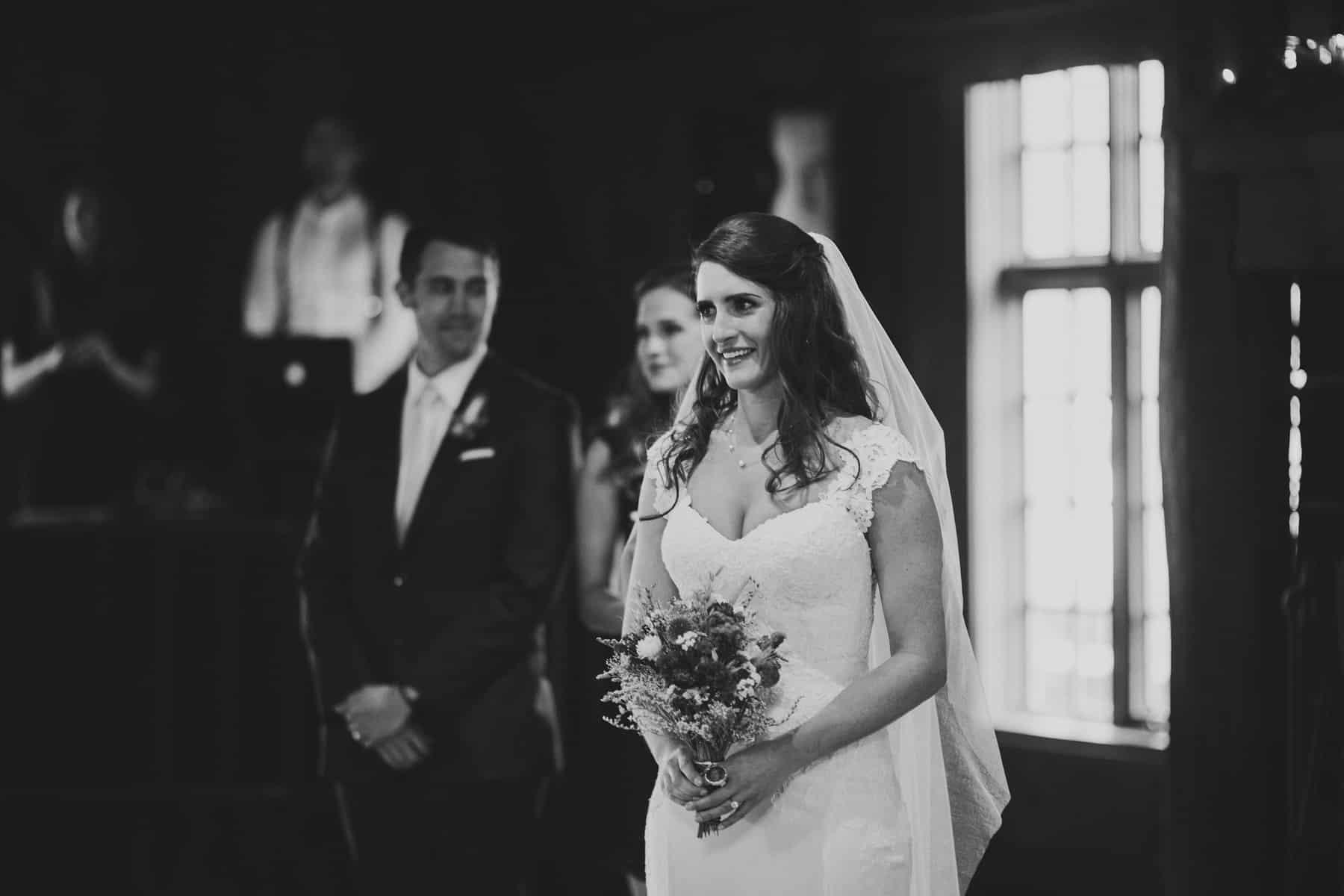 Sara Emily Sunriver Bend Oregon Rustic Lodge Wedding 0040