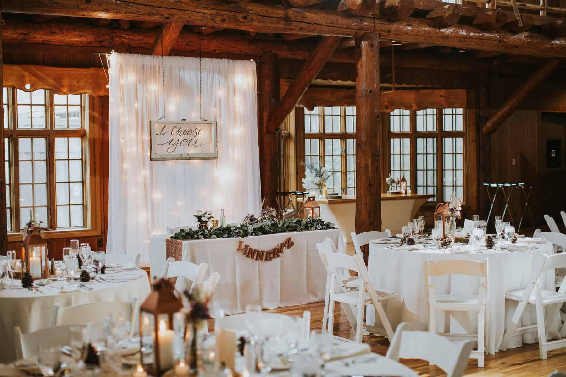Sara Emily Sunriver Bend Oregon Rustic Lodge Wedding 0056