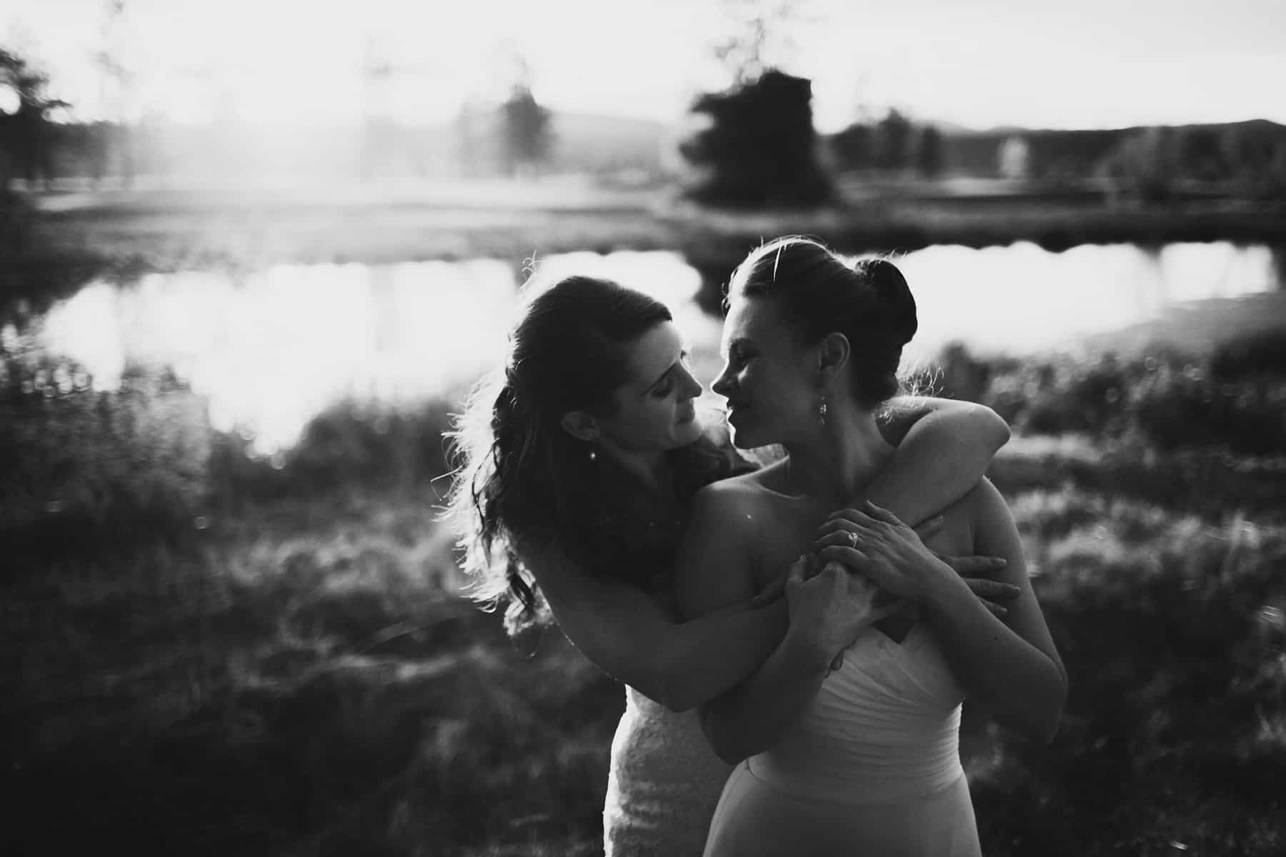 Sara Emily Sunriver Bend Oregon Rustic Lodge Wedding 0075