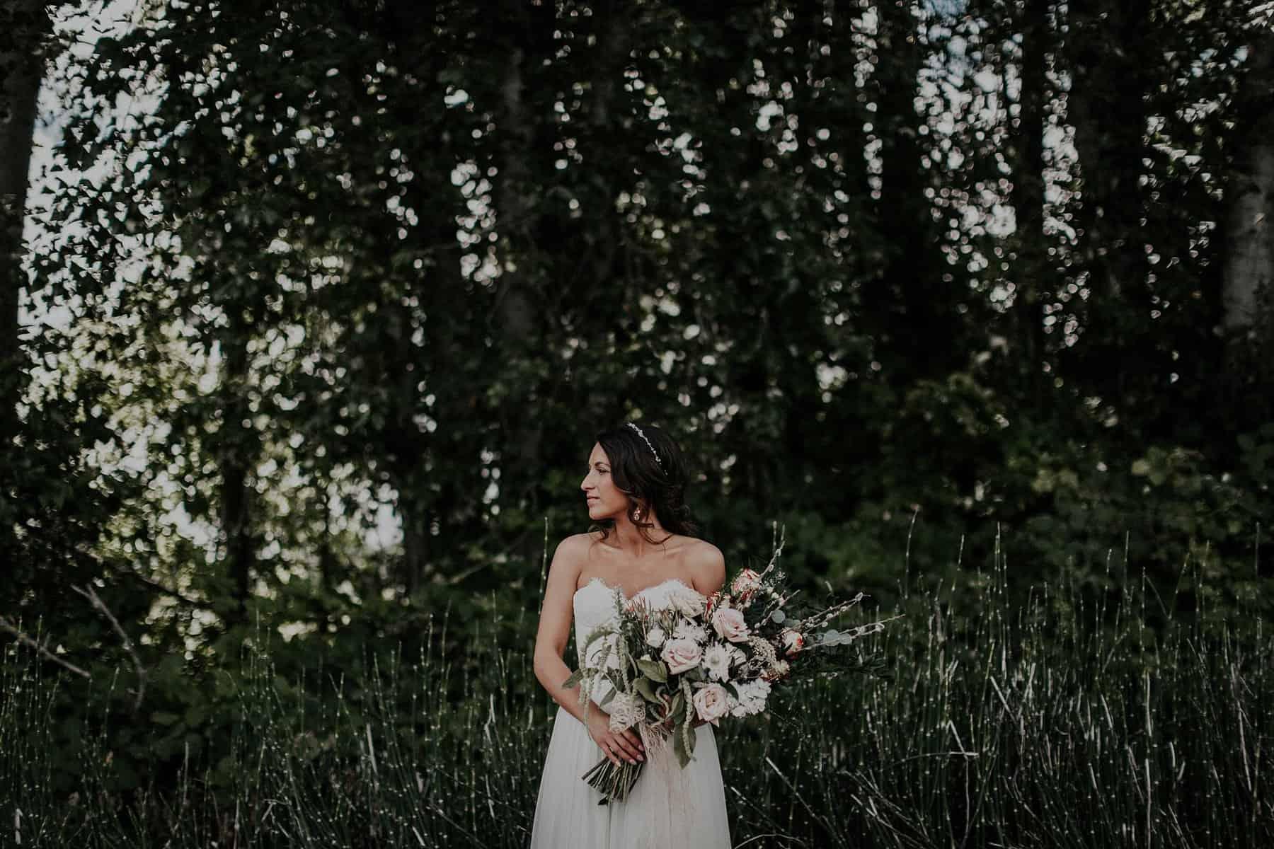 Northwest Oregon Classy Bohemian Country Wedding Victoria Carlson 0012z