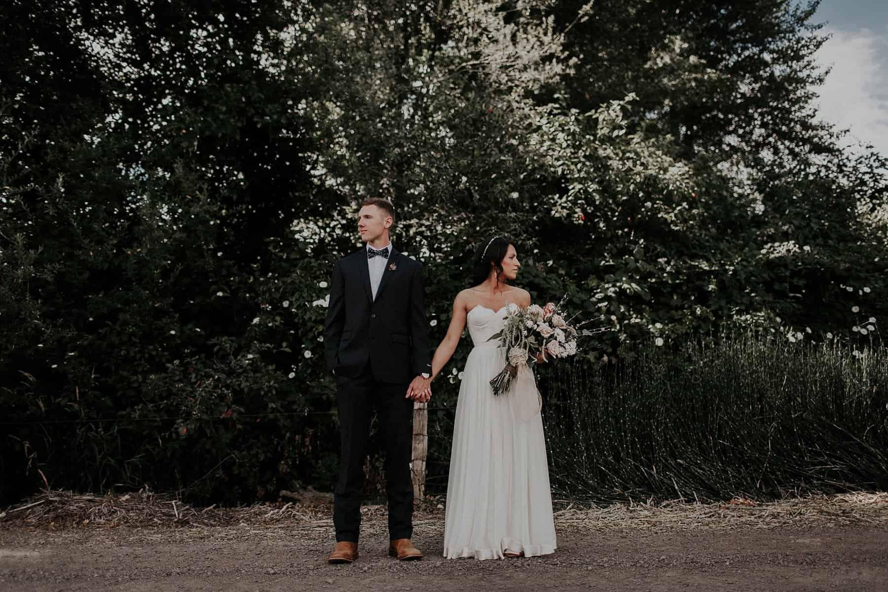 Northwest Oregon Classy Bohemian Country Wedding Victoria Carlson 0029