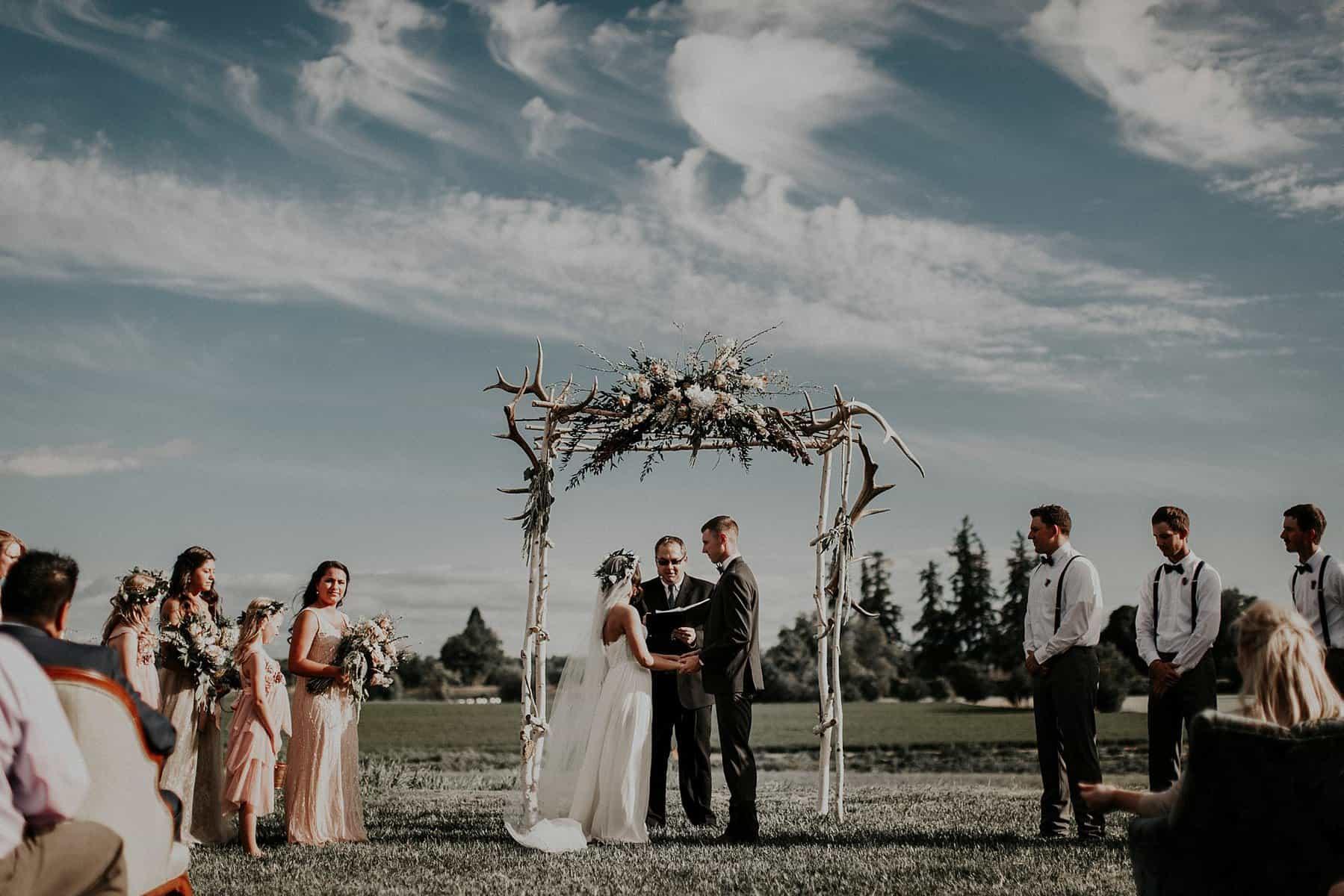 Northwest Oregon Classy Bohemian Country Wedding Victoria Carlson 0056