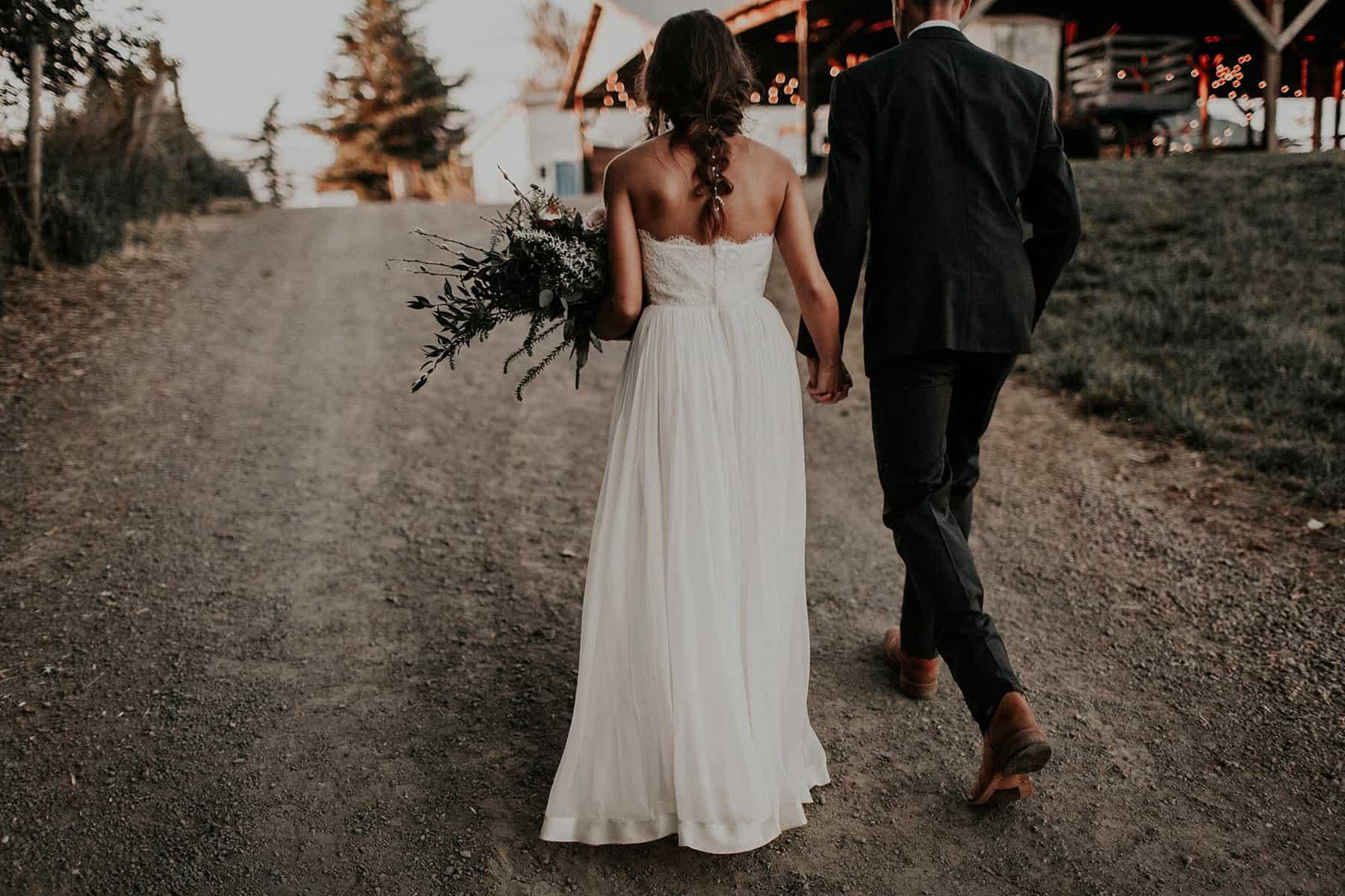 Northwest Oregon Classy Bohemian Country Wedding Victoria Carlson 0087